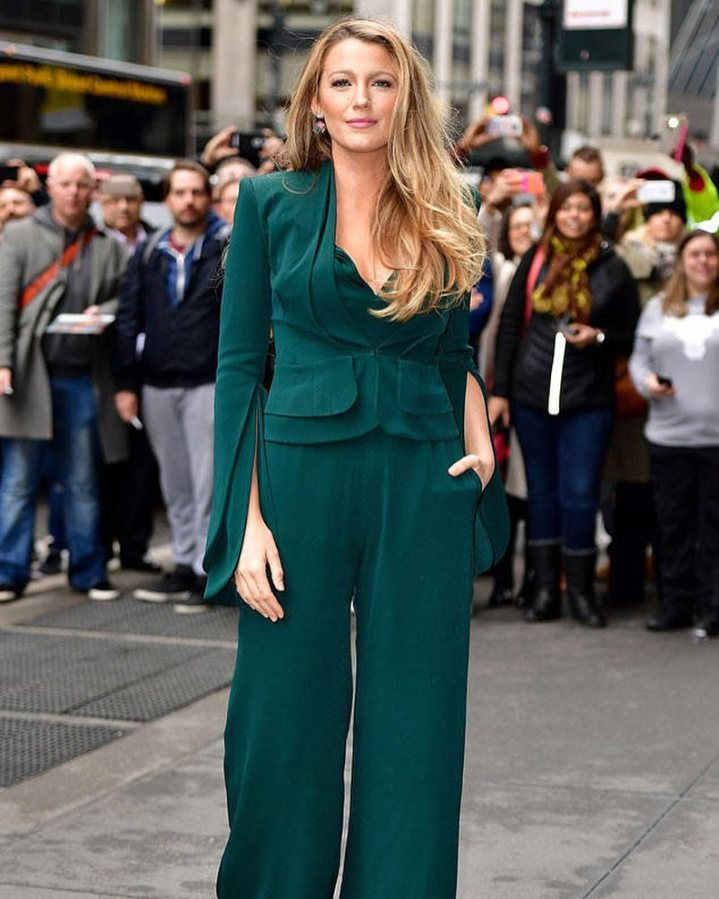 Blake Lively Shuts Down Reporter Who Asked About Her outfit