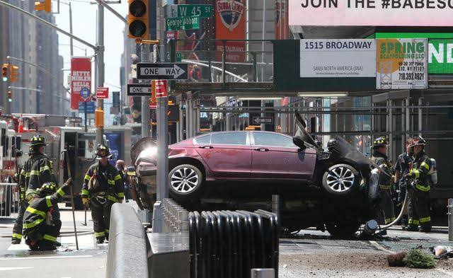 1 dead, 22 hurt when car crashes Into New York TimesSquare