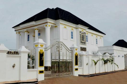 I Go Dye builds mansion for his mother in Deltastate