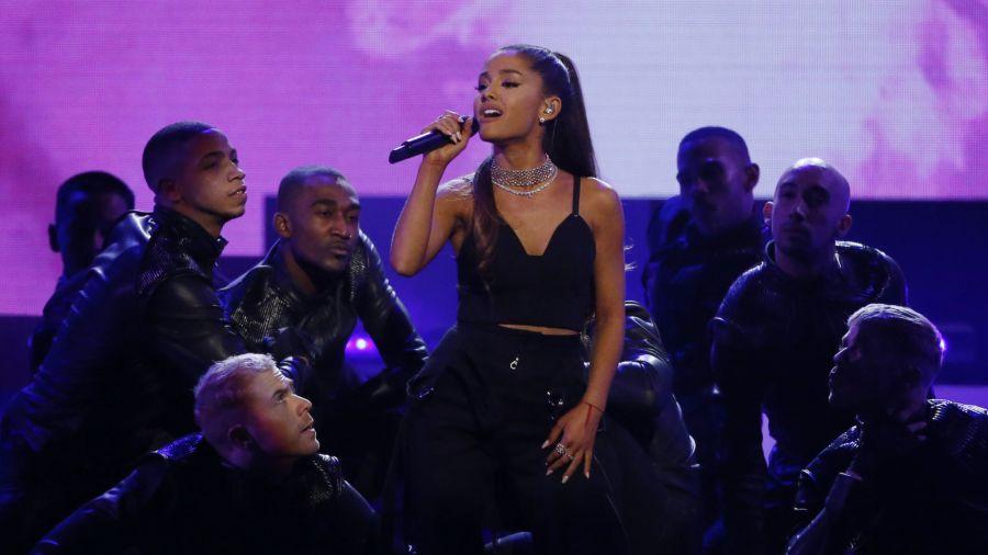 Manchester concert will still go on despite London attacks- ArianaGrande