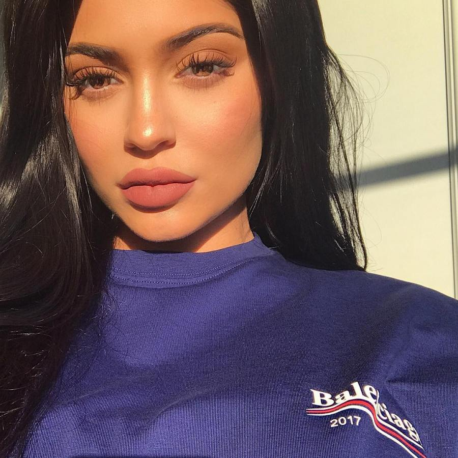 Kylie Jenner may have confirmed her pregnancy in a bigway