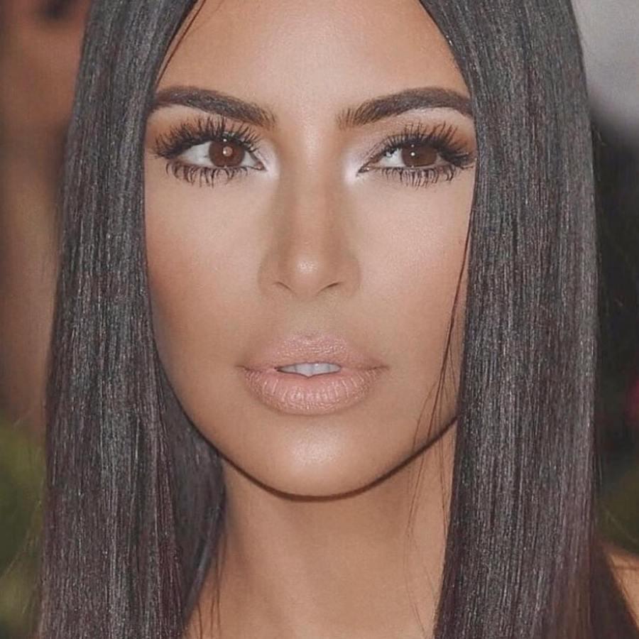 Kim Kardashian implies Tristan Thompson blocked her on socialmedia(video)