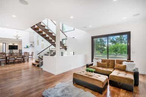 tristan-thompson-potential-house-los-angeles-photos-08-480w